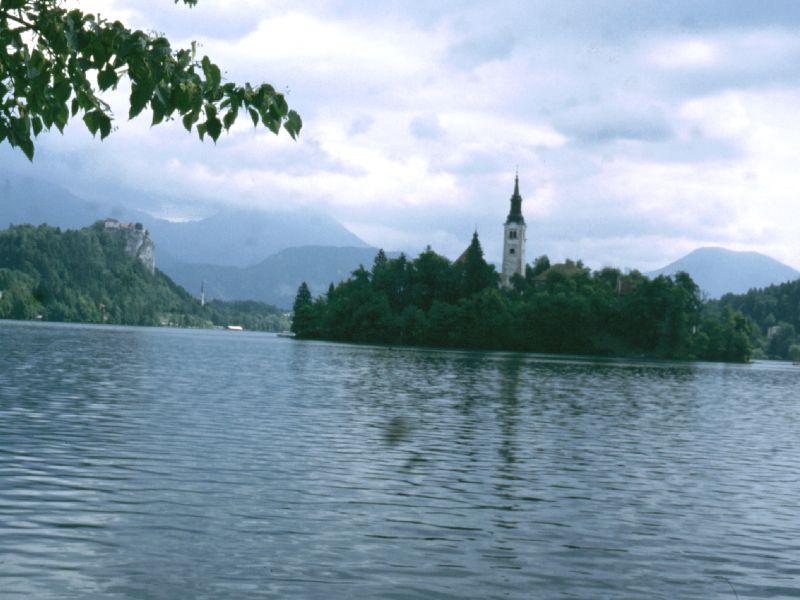 Kirche_im_See